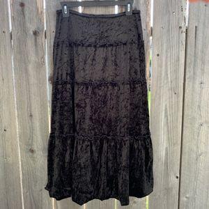 Black Crushed Velvet Tiered Skirt Tabloid Size 8